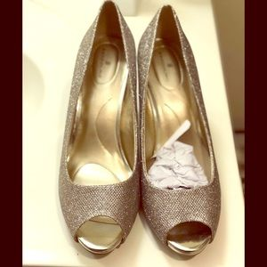 Bandolino-Women's High Heeled Open toe-Size  10.5